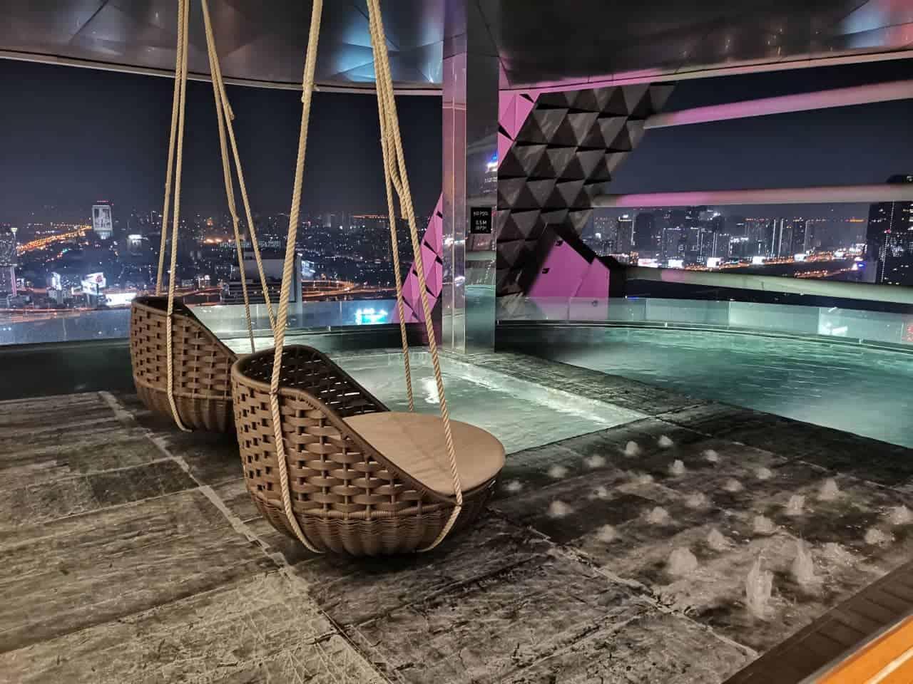 piscina alojamiento bangkok