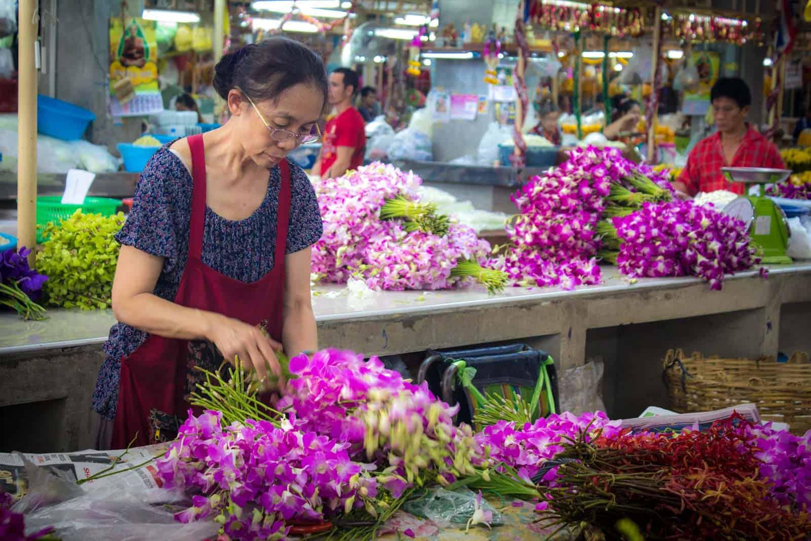 que ver en bangkok, mercado de las flores de pak klong talad
