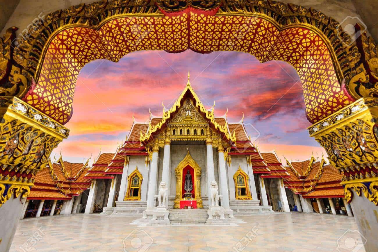 templo de mármol blanco en Bangkok tailandia que hacer