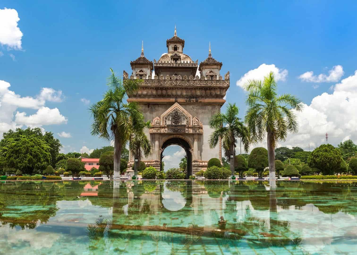 la ciudad mas barata de laos